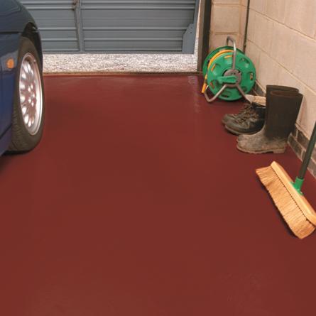 Barwne posadzki z żywicy, czyli pomaluj garaż i schody